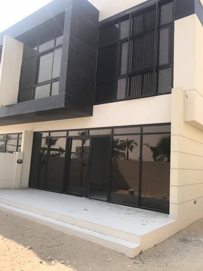 4 Bedroom Villa for Sale in DAMAC Hills (Akoya by DAMAC), Dubai - Sale Case Travel, Villa With Price 4 Million Now Only 2. 3