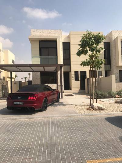 3 Bedroom Villa for Sale in DAMAC Hills (Akoya by DAMAC), Dubai - (Sale case travel ) take chance and own villa in Damac Hills with lowest price