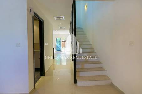 2 Bedroom Villa for Rent in Al Reef, Abu Dhabi - Amazing SingleRow 2 BHK In Arabian Type.