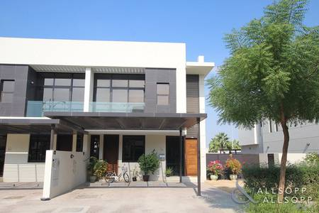 3 Bedroom Villa for Sale in DAMAC Hills (Akoya by DAMAC), Dubai - Three Bedrooms | Single Row | Large Plot