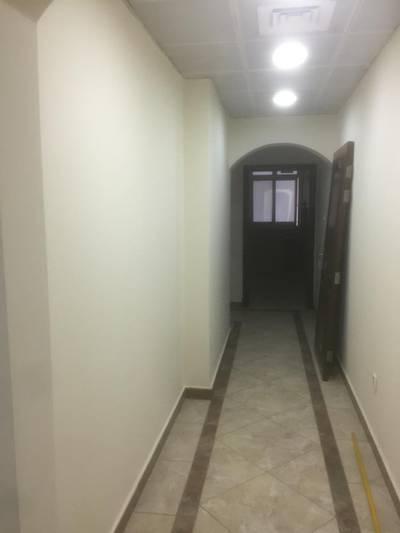 3 Bedroom Flat for Rent in Al Nahyan, Abu Dhabi - Brand New 3BHK 3 Bathroom 80k Walldrop in hole room  near Burjeel hospital Al Nahyan Defense road
