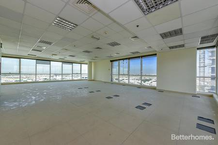 Office for Rent in Dubai Silicon Oasis, Dubai - Fitted Unfurnished High Floor in DSO