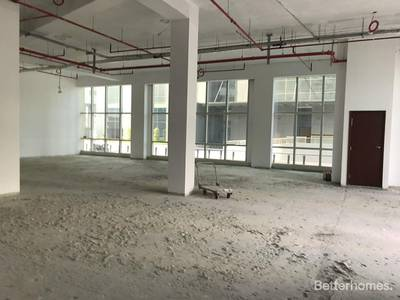 Shop for Rent in Sheikh Zayed Road, Dubai - Showroom | Parking | Large Terrace | SZR
