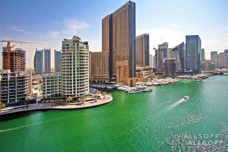 2 Bedroom Apartment for Sale in Dubai Marina, Dubai - Full Marina View | Maid Room | 2 x Parking