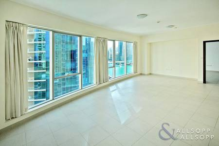 1 Bedroom Flat for Sale in Dubai Marina, Dubai - Full Marina View | Vacant | Motivated Seller