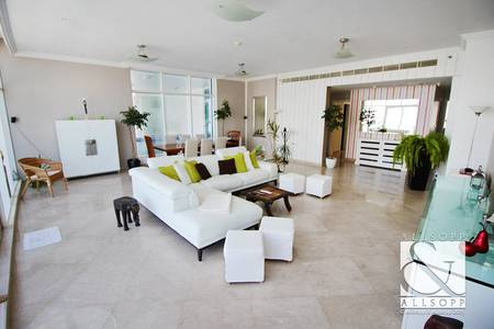 3 Bedroom Penthouse for Sale in Dubai Marina, Dubai - Upgraded Dorra Bay Penthouse | Private Pool
