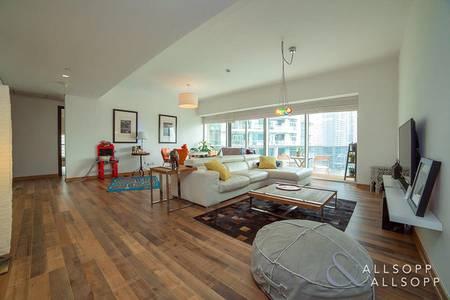 3 Bedroom Flat for Sale in Dubai Marina, Dubai - Vacant on Transfer - Full Marina Views