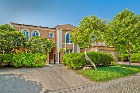 5 Bedroom Villa for Rent in Motor City, Dubai - Upgraded | Cul-de-Sac East Family Villa