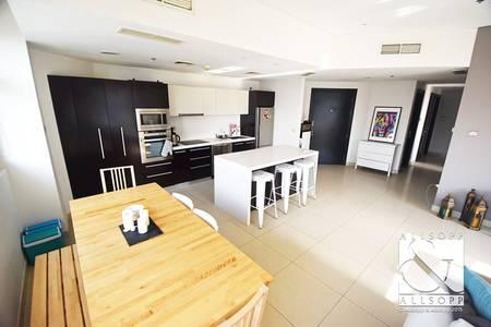 2 Bedroom Flat for Sale in Dubai Marina, Dubai - Upgraded | Marina Yacht Club Views | 2 Bed