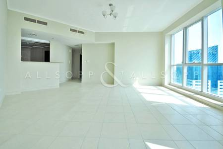 1 Bedroom Apartment for Sale in Dubai Marina, Dubai - Spacious Unit | Great Location | Mid Floor