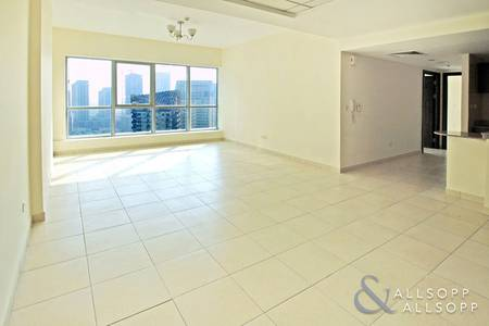 2 Bedroom Apartment for Sale in Dubai Marina, Dubai - Part Marina View | Vacant | Two Bedrooms