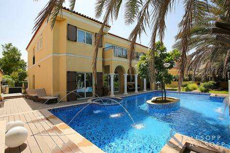 5 Bedroom Villa for Rent in Motor City, Dubai - Upgraded Villa with Stunning Private Pool
