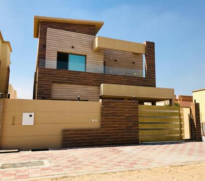 5 Bedroom Villa for Sale in Al Mowaihat, Ajman - Opportunity for housing and freehold 100%