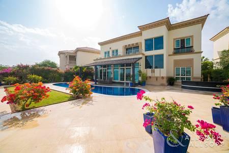 4 Bedroom Villa for Sale in Jumeirah Islands, Dubai - Garden Hall Villa | Extended | Main Lake