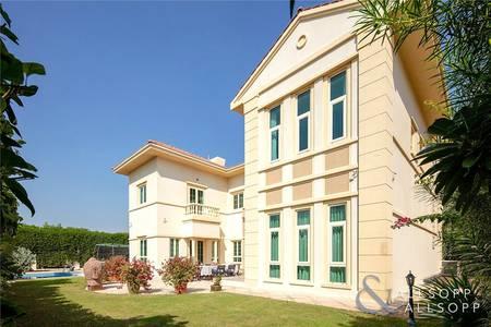 5 Bedroom Villa for Sale in Jumeirah Islands, Dubai - Masterview | 5 Bedroom Villa | Upgraded
