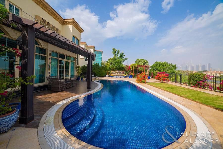 2 Garden Hall Villa | Extended | Main Lake