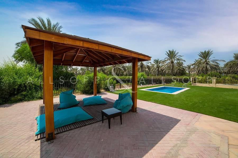 10 Spanish Style Villa | Large Corner Plot