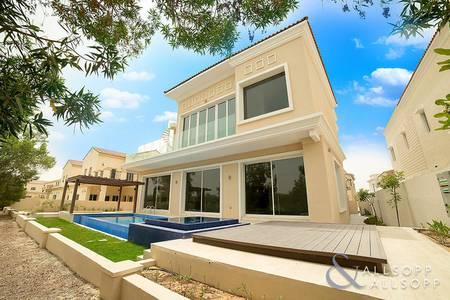 5 Bedroom Villa for Rent in Jumeirah Golf Estate, Dubai - Panoramic Golf Course View | Cinema Room
