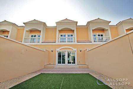 1 Bedroom Townhouse for Sale in Jumeirah Village Circle (JVC), Dubai - District 12 | Vacant On Transfer | 1 Bed
