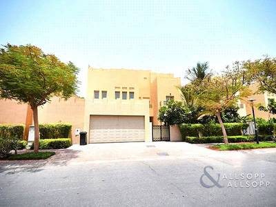 6 Bedroom Villa for Rent in The Lakes, Dubai - Upgraded | Golf Course View | Private Pool