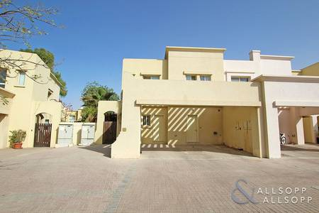 3 Bedroom Villa for Rent in The Lakes, Dubai - 3 Bed | Modified Kitchen | Available Now