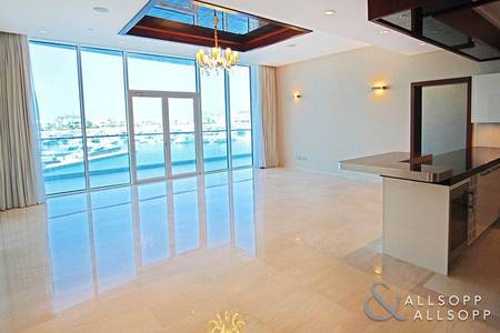2 Bedroom Apartment for Sale in Palm Jumeirah, Dubai - 2 Bed | Upgraded Unit | Full Marina View
