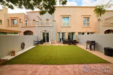 3 Bedroom Villa for Sale in The Springs, Dubai - EXCLUSIVE   Extended and Upgraded Type 3M