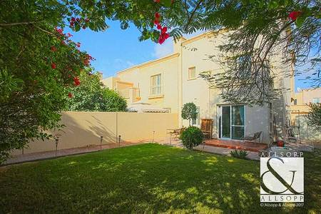 3 Bedroom Villa for Sale in The Springs, Dubai - New to market | 3E Backing Pool and Park