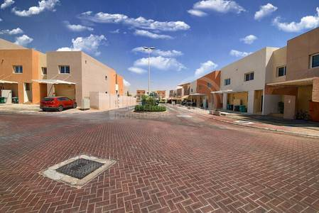 2 Bedroom Villa for Rent in Al Reef, Abu Dhabi - Payable in 3 Cheques!Call and Inquire Now!