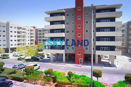 3 Bedroom Flat for Rent in Al Reef, Abu Dhabi - vacant soon 3br apt retail view 84k only