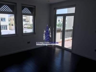 3 Bedroom Villa for Sale in Jumeirah Park, Dubai - Regional Small with Landscaping and Private Pool