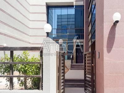 5 Bedroom Villa for Rent in Al Mushrif, Abu Dhabi - Stylish 5 Bed Villa in Al Mushrif Area! Huge Garden