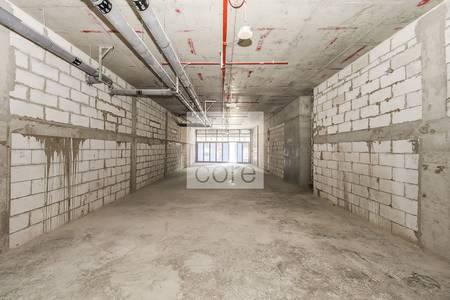 Shop for Rent in Dubai Marina, Dubai - Prime Retail  | Shell and Core | Low Floor