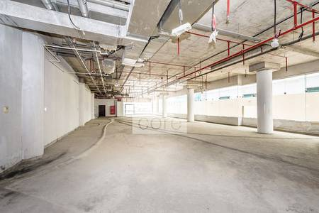 Shop for Rent in Sheikh Zayed Road, Dubai - Spacious Shell and Core Retail | Low Floor