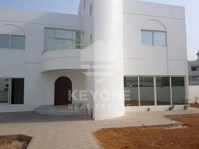 4 Bedroom Villa for Rent in Al Garhoud, Dubai - One Month Free | Vacant | Villa in Al Garhoud Complex