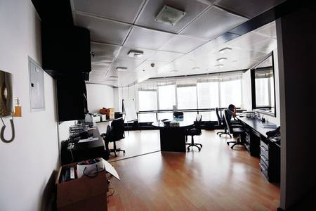 Office for Rent in Jumeirah Lake Towers (JLT), Dubai - Fully Fitted and Furnished with Lake View