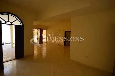 5 Bedroom Villa for Rent in Khalifa City A, Abu Dhabi - 5BR Villa in a Compound in Khalifa City A
