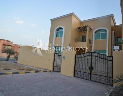 5 Bedroom Villa for Rent in Khalifa City A, Abu Dhabi - Very Nice 5BR Corner Villa in KCA
