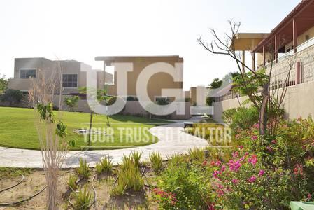 فیلا  للبيع في حدائق الراحة، أبوظبي - فیلا في لحوية حدائق الراحة 5 غرف 4300000 درهم - 3691460
