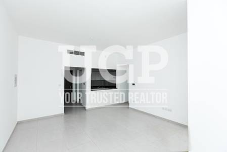 2 Bedroom Apartment for Sale in Al Ghadeer, Abu Dhabi - Hot Deal! Big Layout 2BR with Facilities