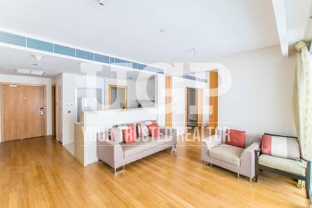 1 Bedroom Flat for Sale in Al Raha Beach, Abu Dhabi - High floor Canal view 1BR w/ Facilities!