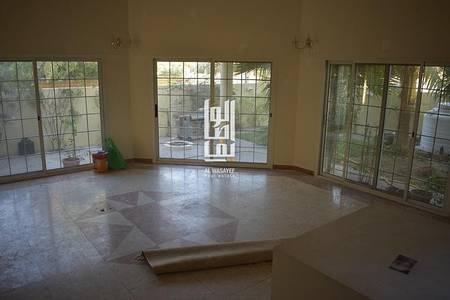 4 Bedroom Villa for Rent in Jumeirah, Dubai - LUXURIOUS 4 BEDROOM VILLA IN JUMEIRAH 1