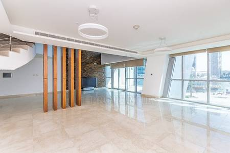4 Bedroom Penthouse for Sale in Dubai Marina, Dubai - Spacious 4BR plus Maid Penthouse Marina View