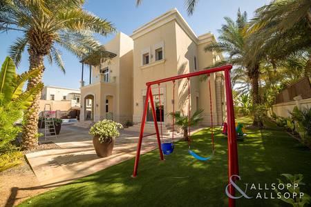 5 Bedroom Villa for Sale in Emirates Hills, Dubai - 5 Bedroom | Full Lake View | 14