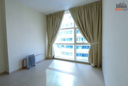 2 Bedroom Apartment for Sale in Dubai Marina, Dubai - Large Two bedroom for sale in Yacht Bay Tower