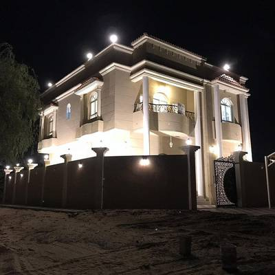 6 Bedroom Villa for Sale in Al Helio City, Ajman - Villa for sale new first inhabitant with electricity and air conditioners at a price