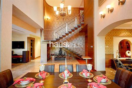 4 Bedroom Villa for Sale in Jumeirah Islands, Dubai - Renovated | Negotiable  | VOT | 10K Plot