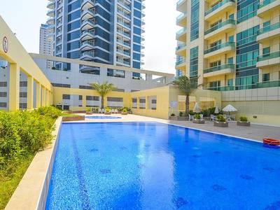 Studio for Sale in Dubai Marina, Dubai - Studio with Balcony in Royal Oceanic Dubai Marina