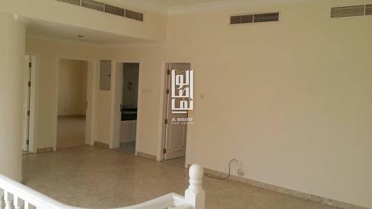 4 Bedroom Villa for Rent in Umm Suqeim, Dubai - Independent 4 Bed+Maids | private pool..