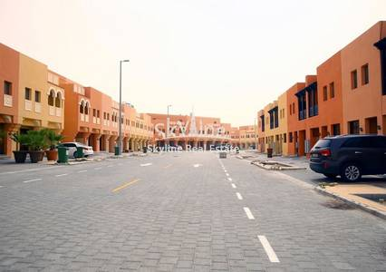 2 Bedroom Villa for Sale in Hydra Village, Abu Dhabi - 2-bedroom-villa-zone-8-hydra-village-abudhabi-uae